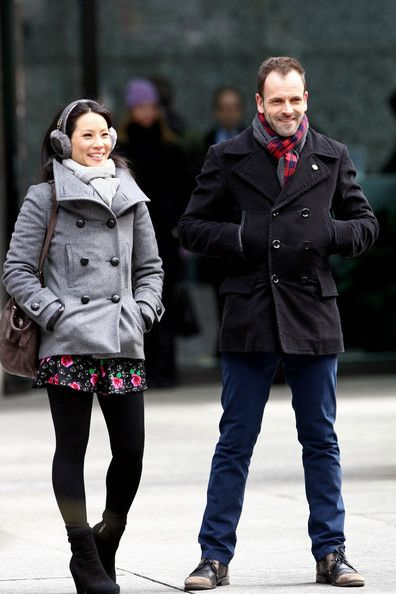 Jonny Lee Miller and Lucy Liu Film Elementary