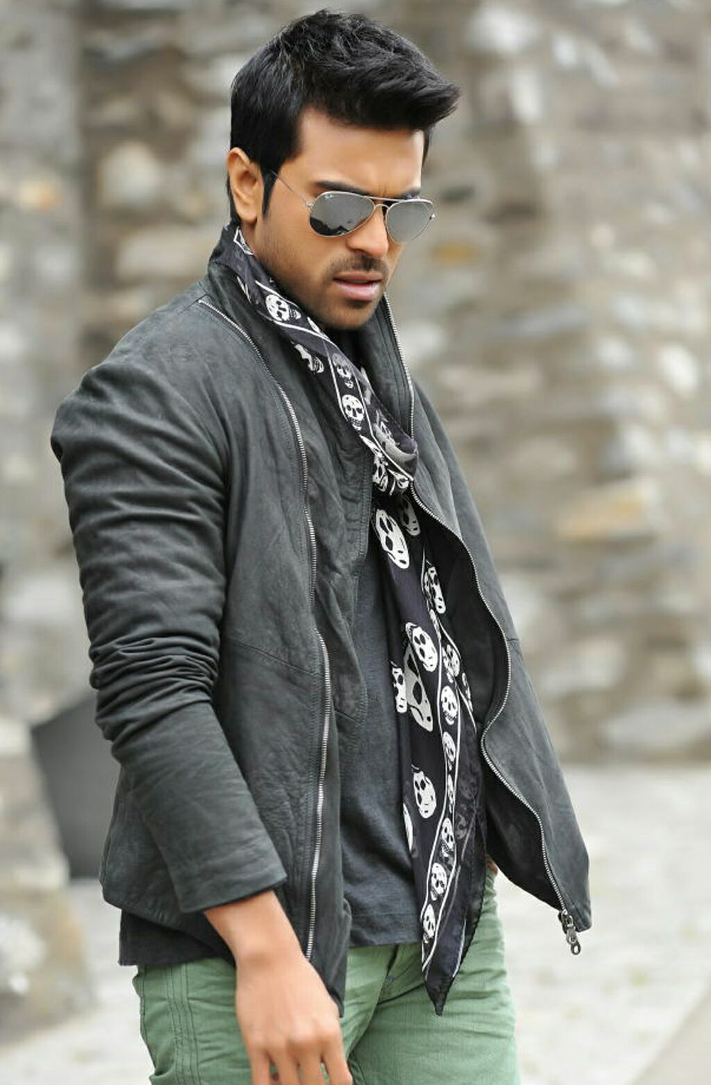1080p hd wallpapers of ramcharan teja from yevadu movie | images