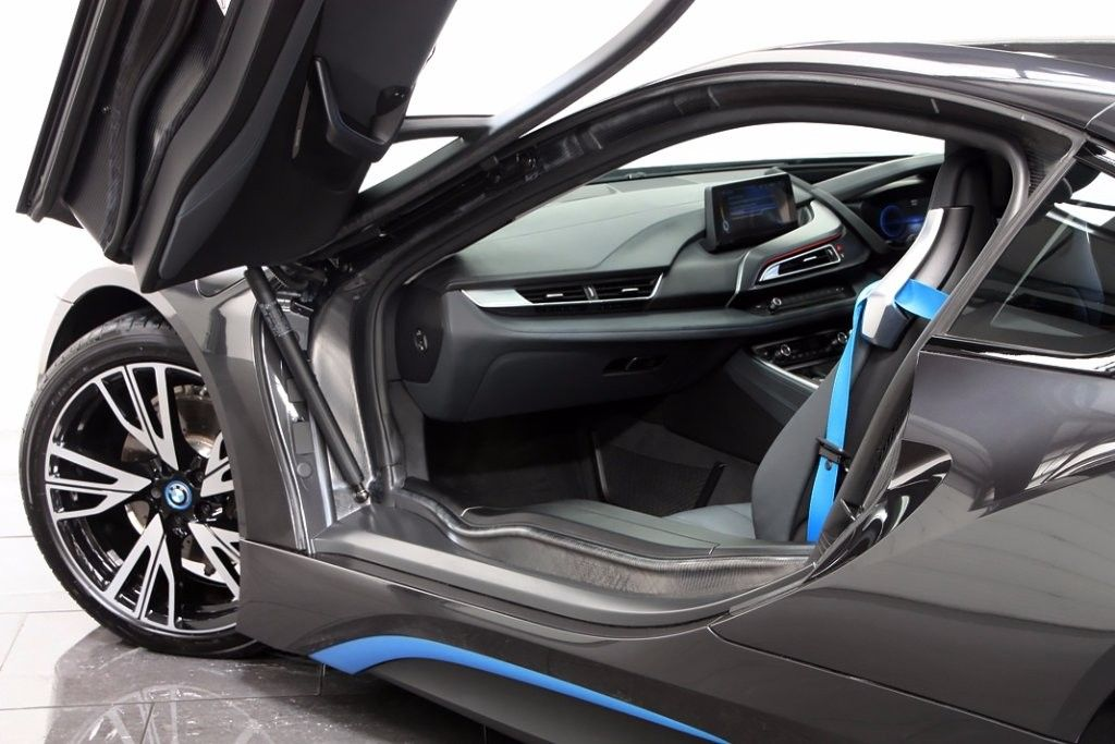 Bmw I8 Gull Wing Doors Anthracite Http Www Motoring Co Uk Used