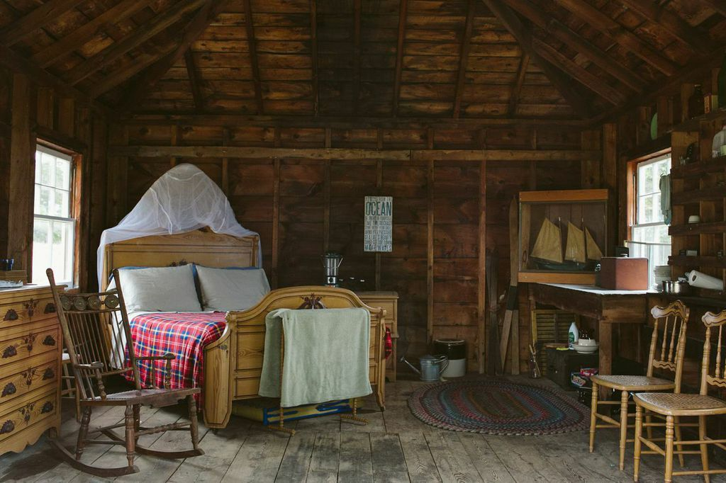 cabin bedroom in the eaves