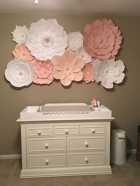 Set Of 15 Large Paper Flowers Up To 5 By Dreameventsinpaper | Baby