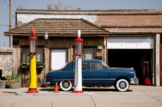 Williams arizona car garage and gas station route 66 for Garage route 66 metz