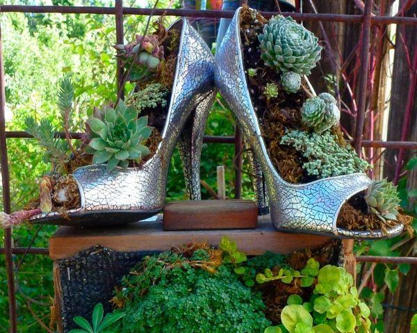 blumen alten schuhen ideen pflanzgefase sukkulenten garten ... - Pflanzgefase Im Garten Ideen Gestaltung