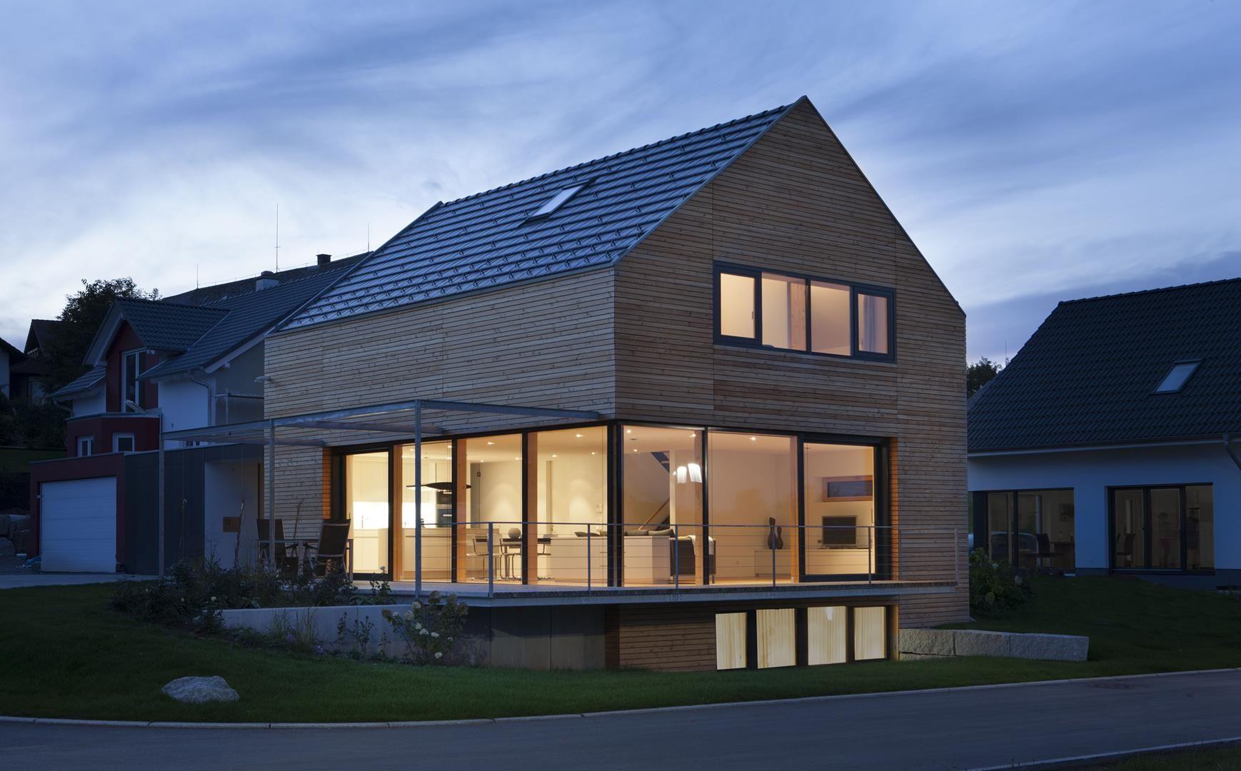 Modernes Holzhaus bei Villingen - Werner Ettwein GmbH | Architecture ...