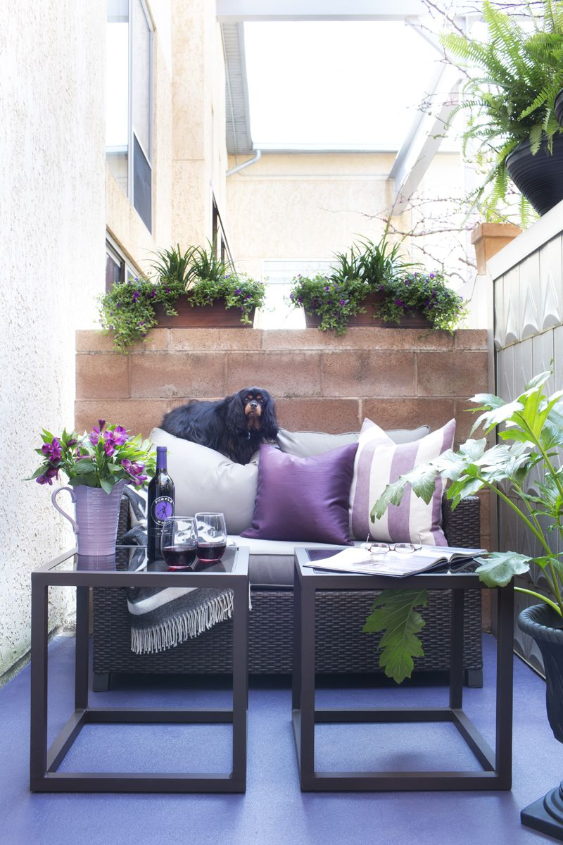Adding Big Style to a Tiny Patio-Love the colors!