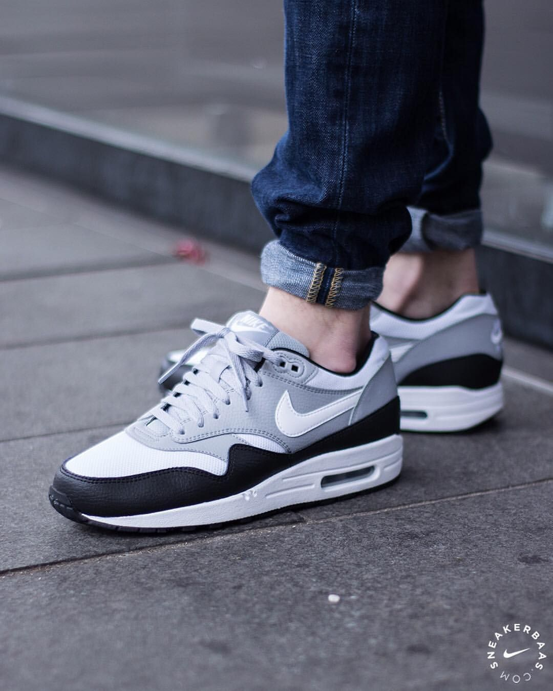 the best attitude 73c6a d2e25 ... uk nike wmns air max 1 essential black white sneakers sneakernews  streetstyle bf56b d7429