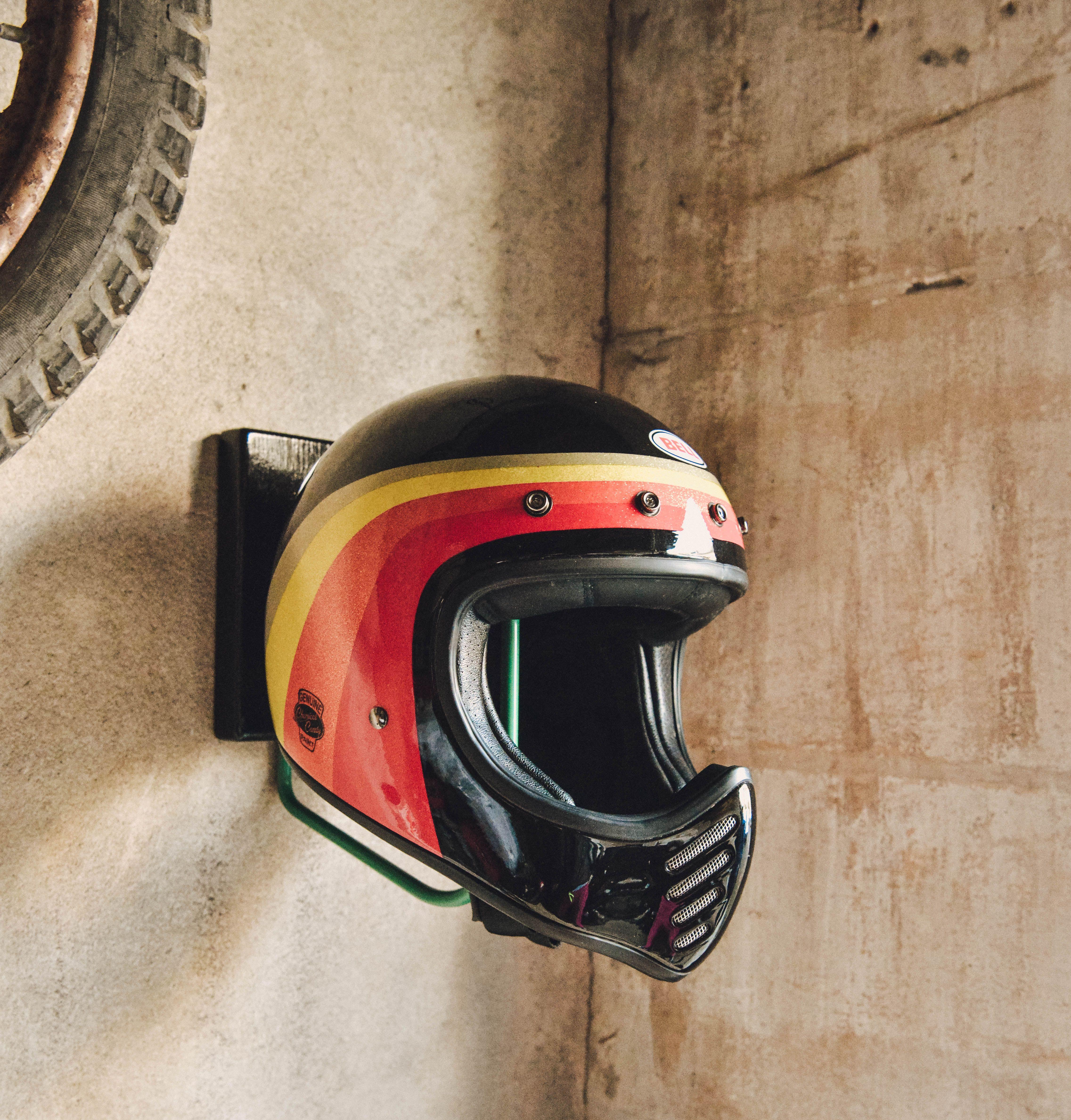 Porte Casque Helmet Rack France Waynscot Moto Helmet Accessoires Decor Interieur Handmade Casques Motos Chopper Bobber Casque Moto Vintage