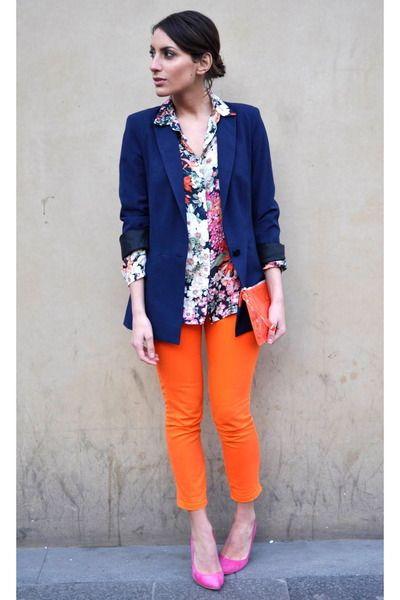 i abs love these neon orange pants