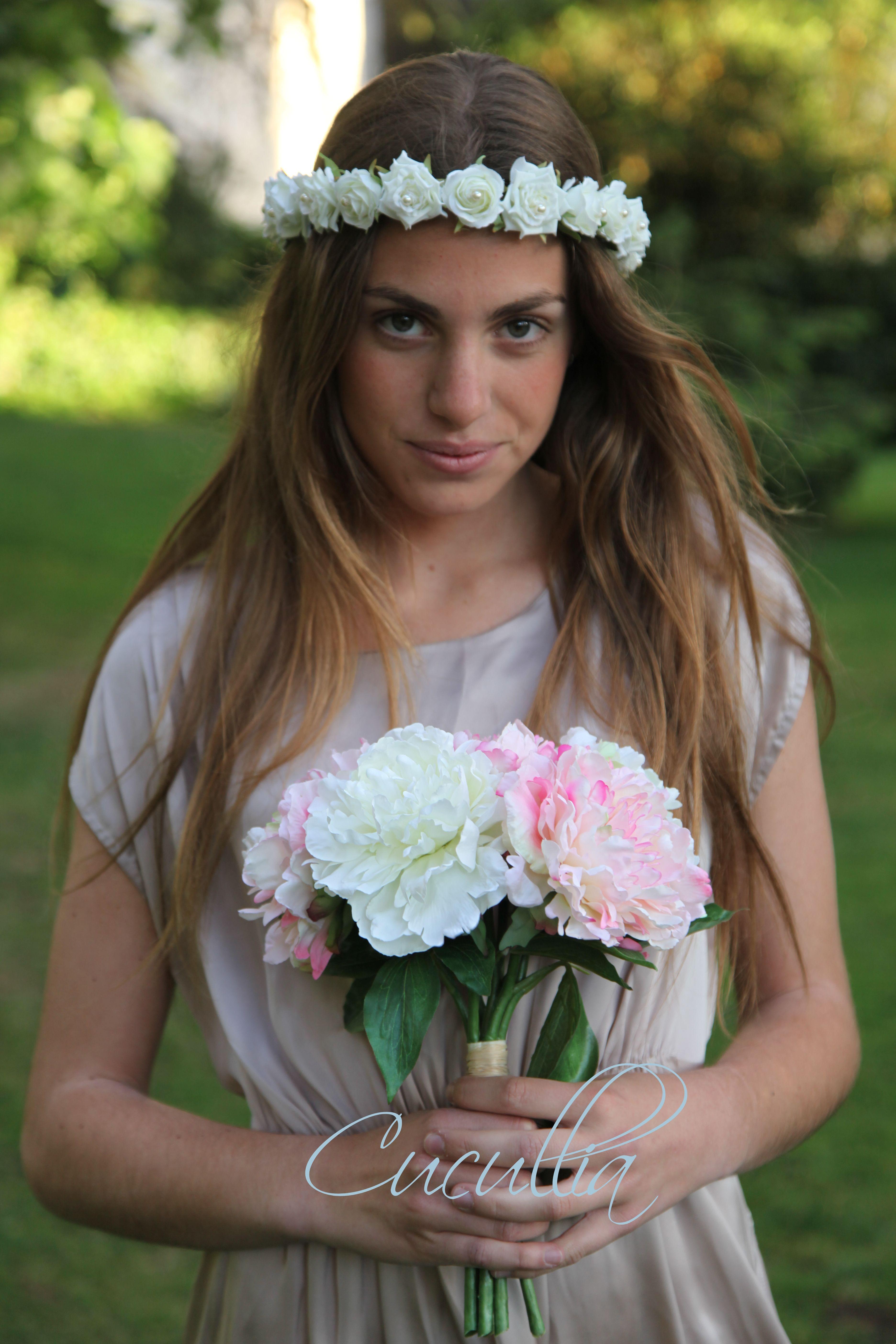 Corona de flores de rosas blancas con perlas venus - Coronas de flore ...