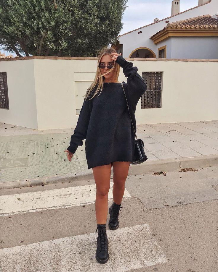 """Ellie Beatrice Joslin auf Instagram: """"Nackte Beine, Stiefel und Strick. Ich liebe ... #elbiseler"""