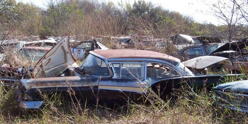 Fords In Texas Salvage Yard Ford Muscle Forums Ford Muscle