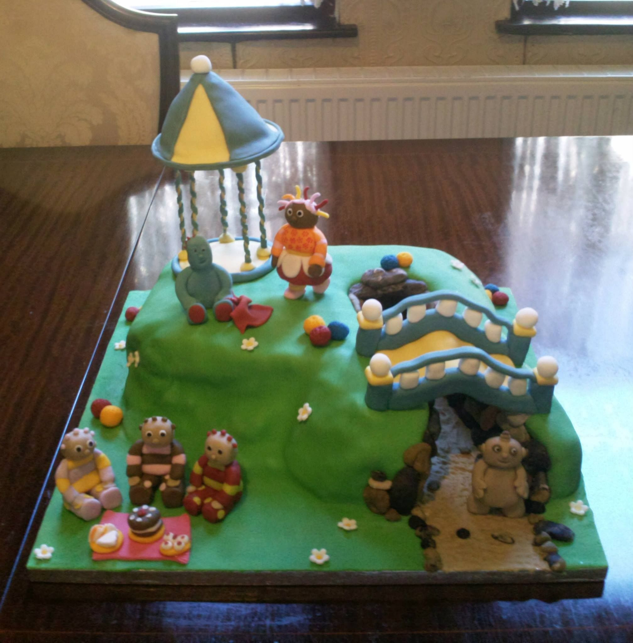 In the night garden cake by Cakes By Nicky (With images ...