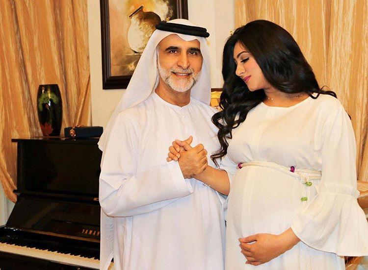 مجلة زهرة الخليج Zahrat Khaleej Instagram Photos And Videos Women Nun Dress Couple Goals