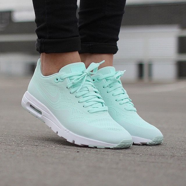 NIKE AIR MAX 1 ULTRA MOIRE WOMEN'S RUNNING TRAINING SHOES