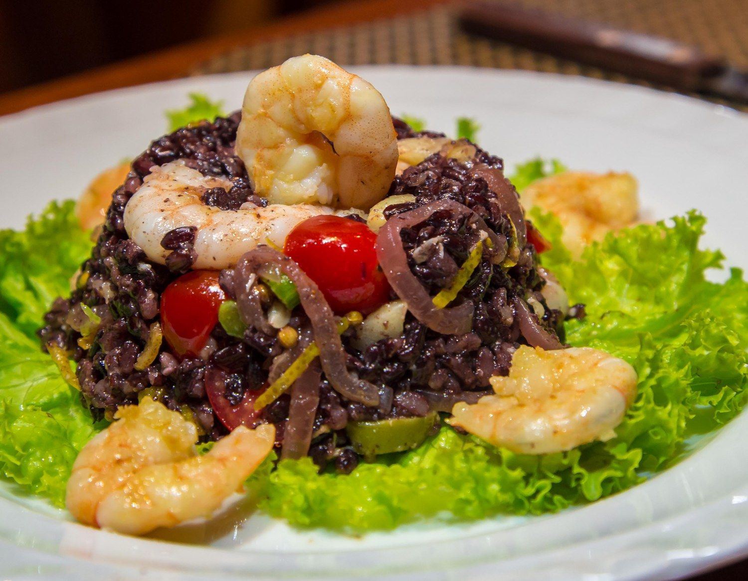 Arroz negro com frutos do mar