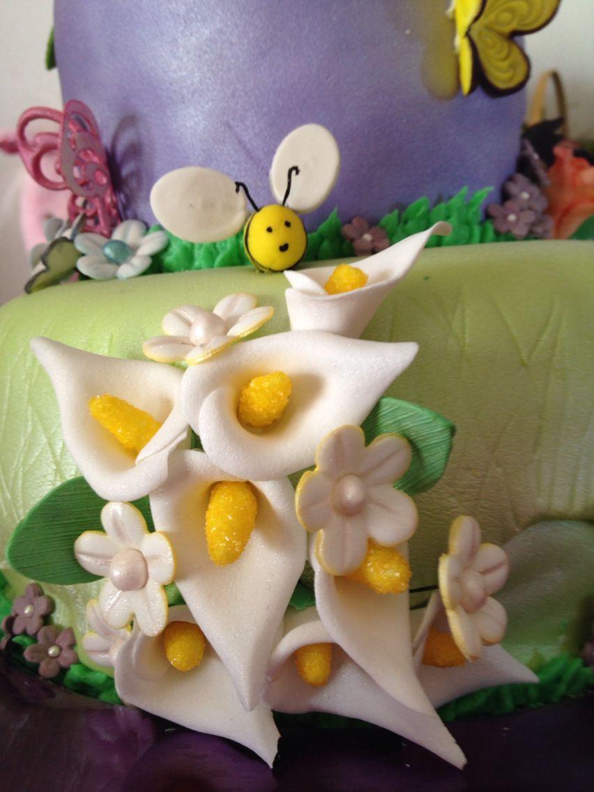 Gumpaste Calla lilies and bumblebee