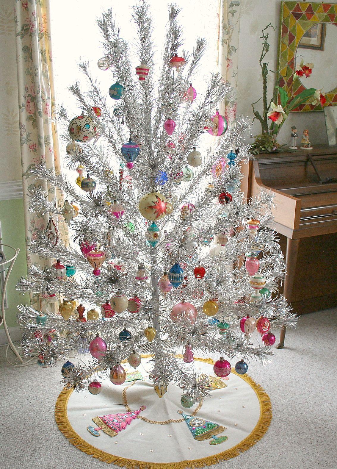 Tinselmania 219 Vintage Aluminum Christmas Trees Home