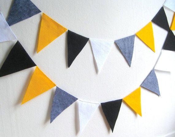 Unavailable Listing On Etsy Garland Wedding Wedding Pennant Pennant Flags