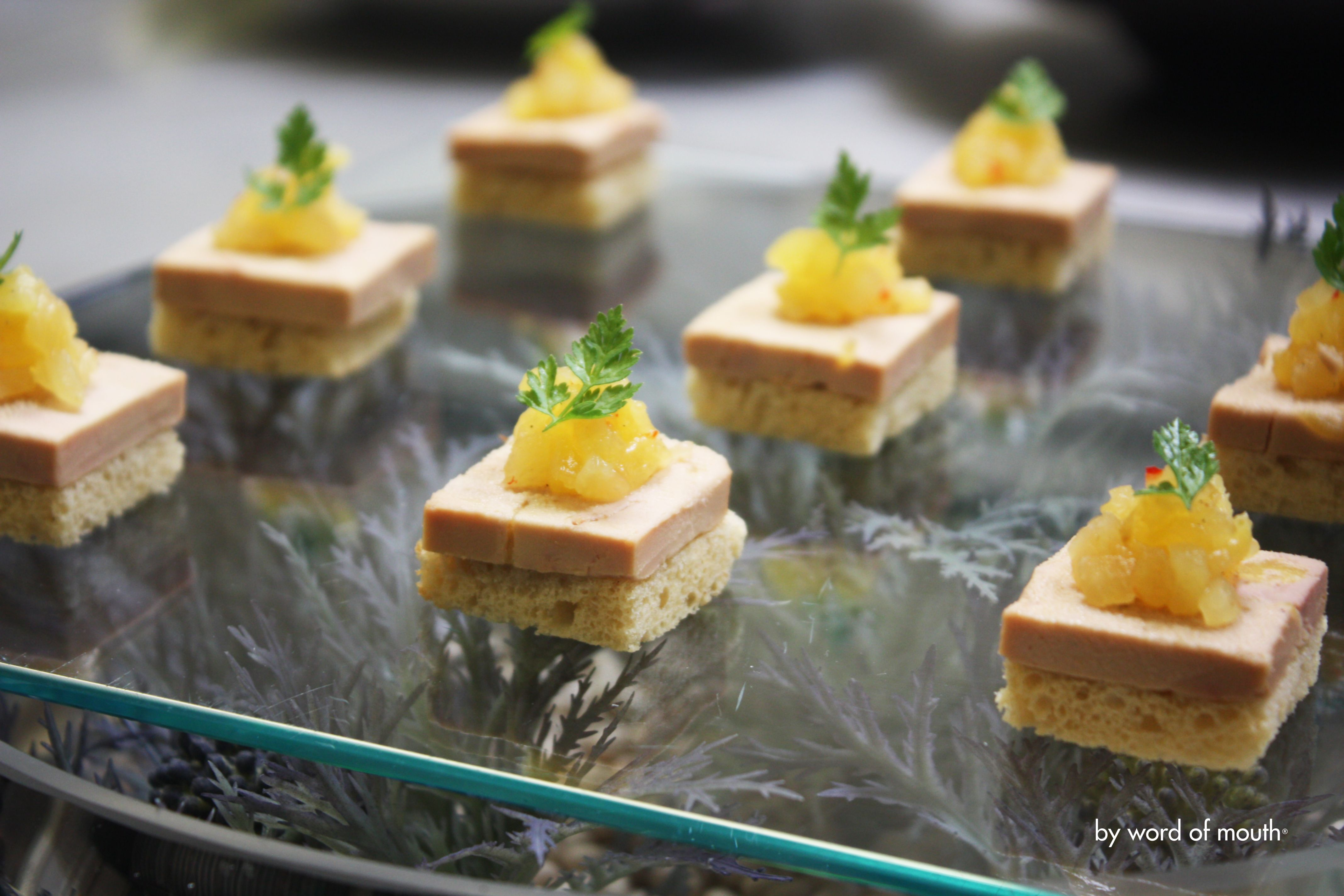 Cold canape pressed foie gras terrine with pineapple for Fois gras canape