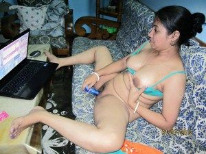 Desi Girls Porn Movies - See here Amateur Desi College Girl Babe Busty Mast Mamme Masturbation in Xxx  Desi Pics It is on Indian Desi Aunty Bhabhi Girl Nude Collection.