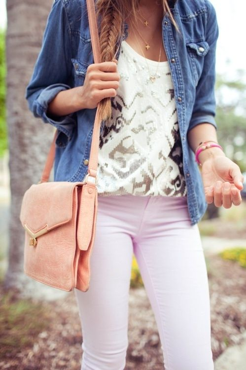 Love this Outfit. White and Gold Shimmer Design Print. Jean Jacket Button Up. Pale Pink Magenta Skinny Jeans. Coral Peach Bag.