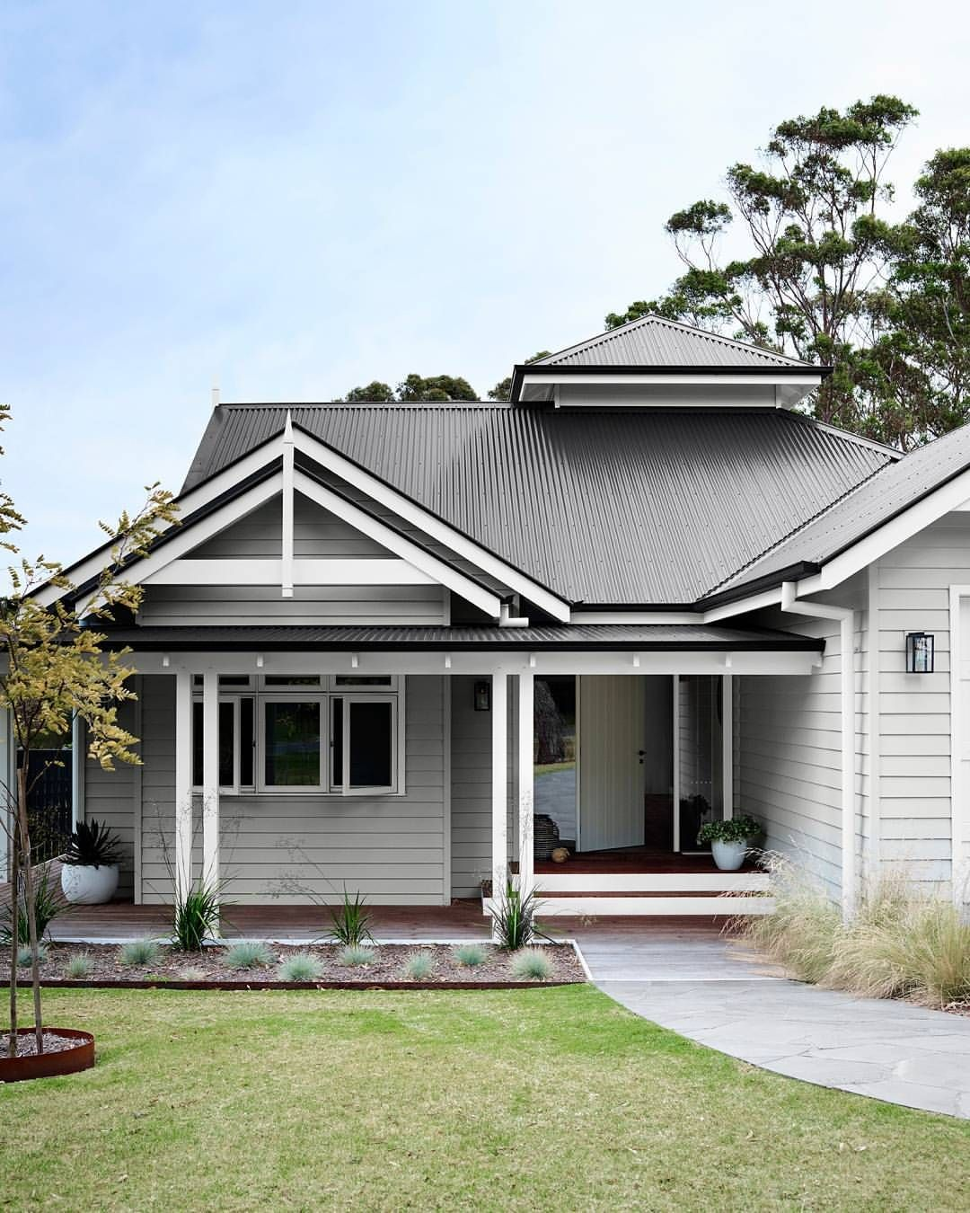 Traditional australia federation exterior inspirations paint - Image Result For Post War Weatherboard Houses Melbourne Rehab Houses Pinterest Weatherboard House Verandas And Pavilion