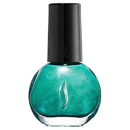 All Eyes on #Emerald: #SEPHORA COLLECTION Nail Lacquer in Green Generation #SephoraPantone #ColoroftheYear