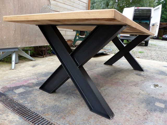 Table Industriel Pied Ipn Et Chene Sue Mesure Table A Manger Bois Et Metal Table Exterieur Bois Table Basse Bois Metal