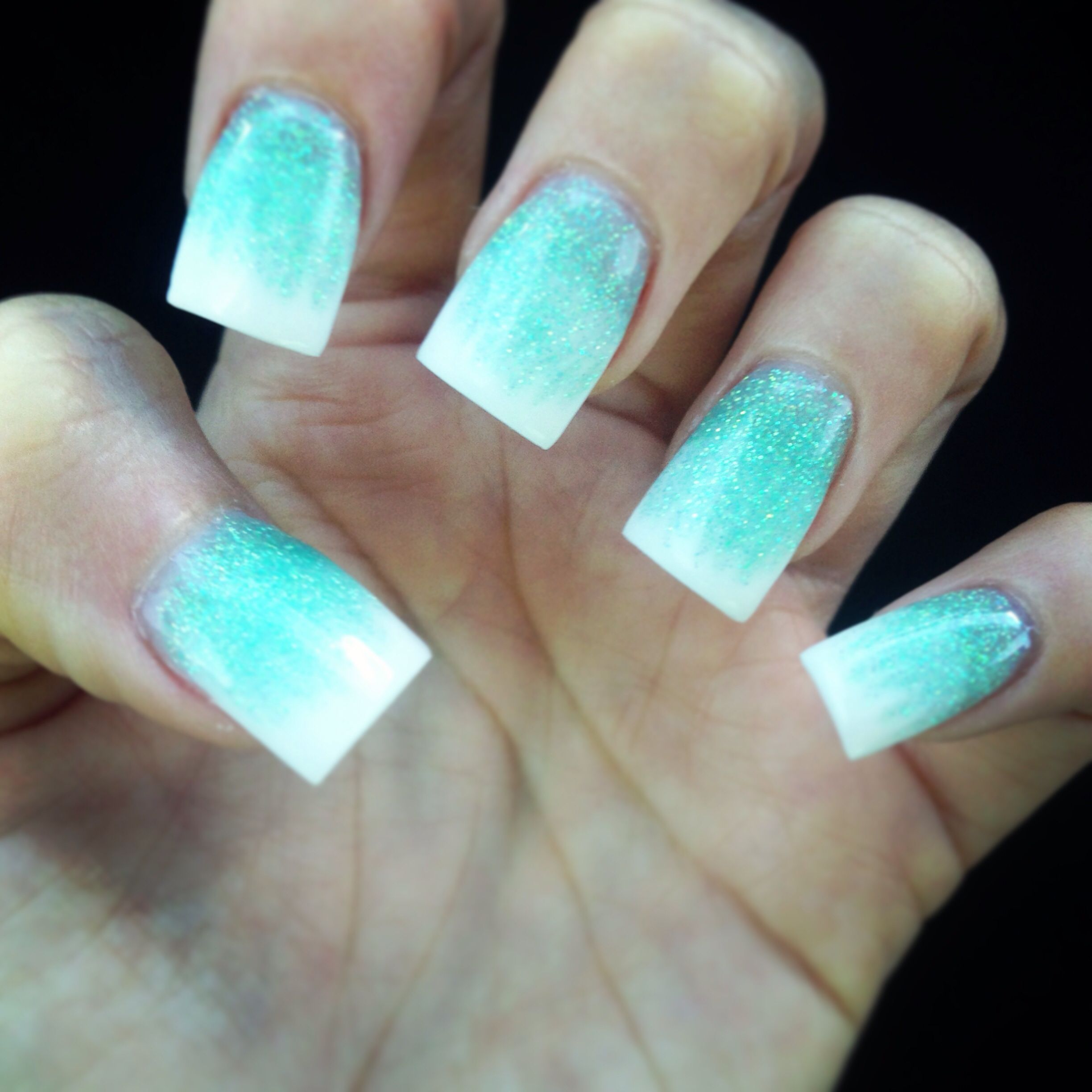 tiffany blue and white ombré acrylic nails | nailscao