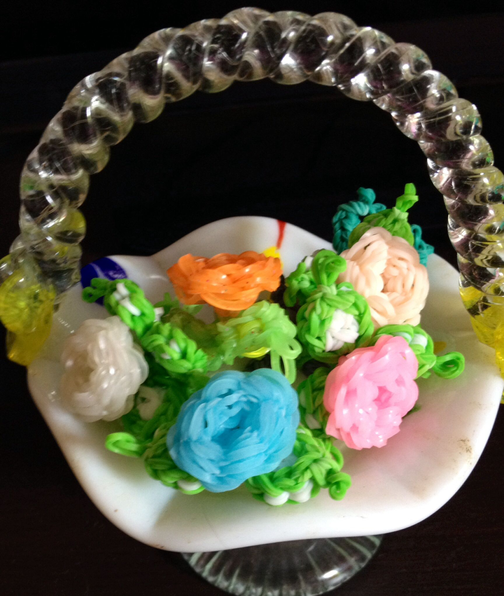 Basket of loomband roses..