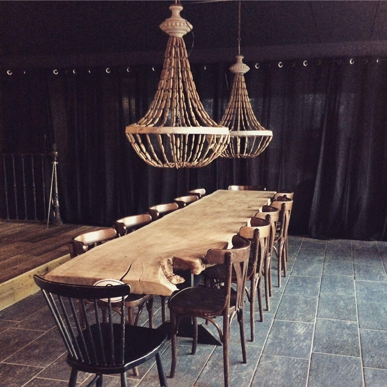Andorre Chalet Des Pistes Mountain Set Design Table D Hotes Piste De Danse Feu De Bois Design