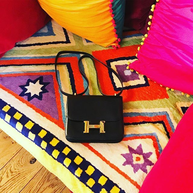 les3marchesdecatherineb - Hello ! Full colors inspiration today with Hermes... have a lovely one 💋#homedecor #constance #minihermes #colors #paris #stgermain #catherineb #picoftheday #bagoftheday