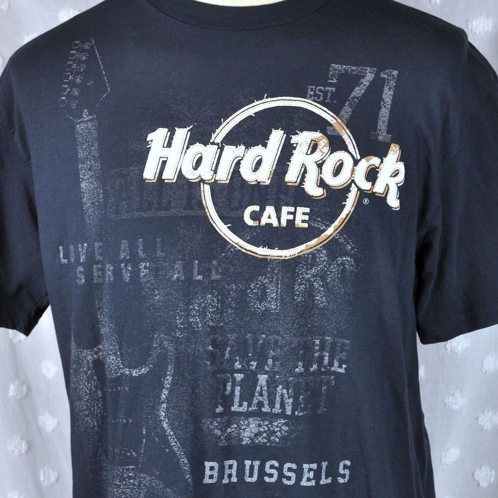 4a11764e35fd Hard Rock Cafe Brussels Belgium Mens Large T-Shirt Grand Place Thick Raised  Logo