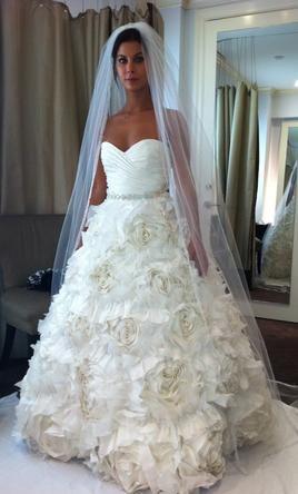Monique Lhuillier Sunday Rose Find It On Preownedweddingdresses Com