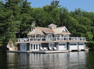 What a lake house!