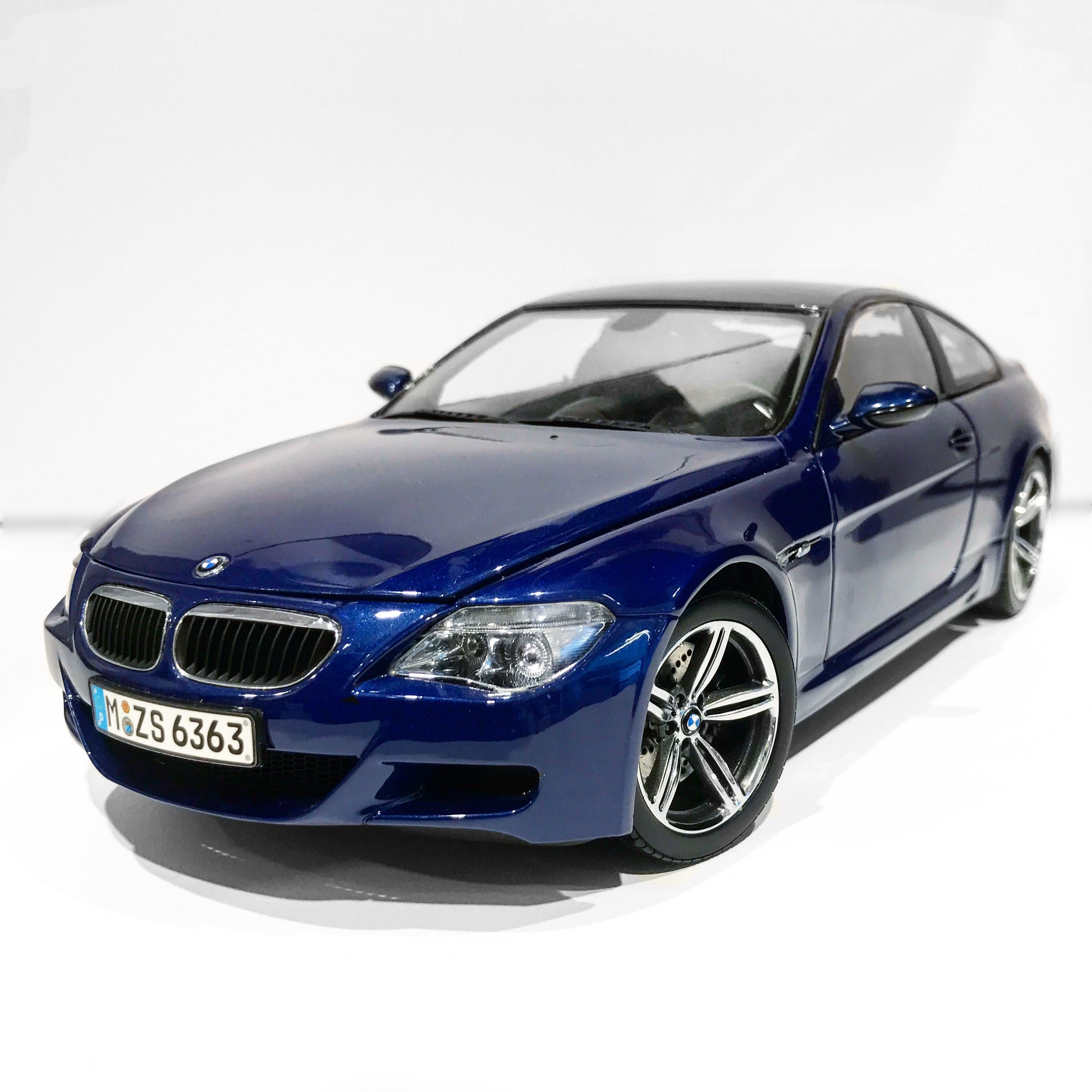 Bmw M6: Kyosho E63 BMW M6 Coupe (Dealer Edition)