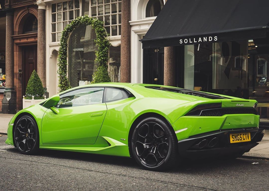 Lamborghini Huracan On The Road At Night Nice Cool Car Pictures For Wallpaper These Cars Have Risen To Lamborghini Huracan Dream Cars Lamborghini Lamborghini