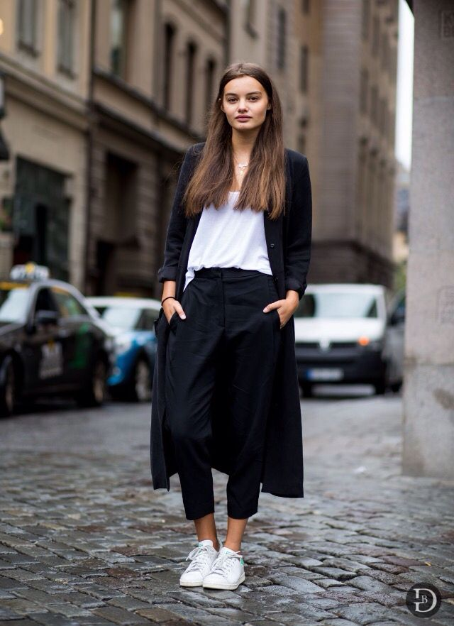 Black, white & sneakers