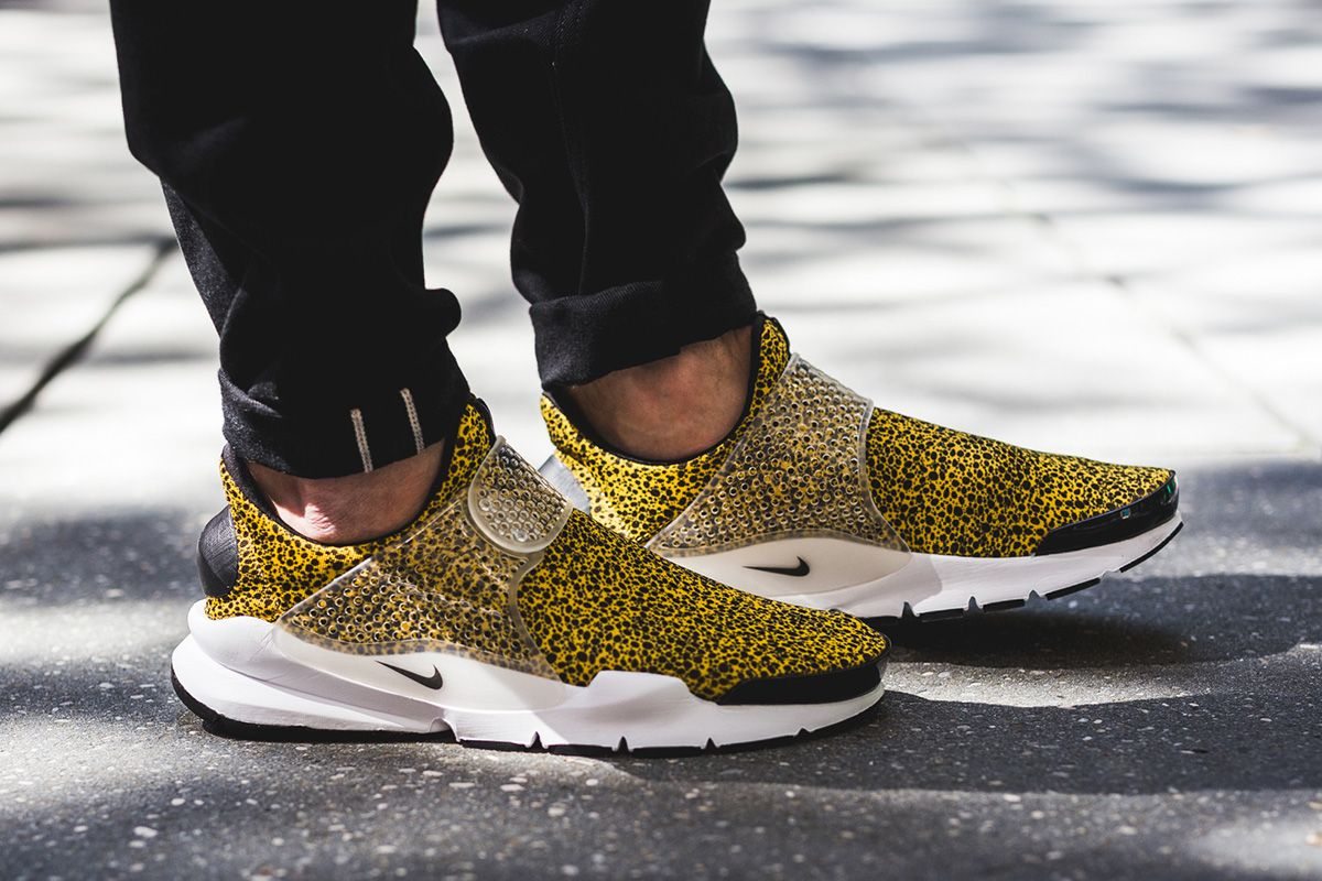 brand new 5329b e7f90 On-Foot: Nike Sock Dart & Air Presto
