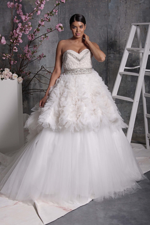 Christian siriano bridal spring fashion show thathauteover