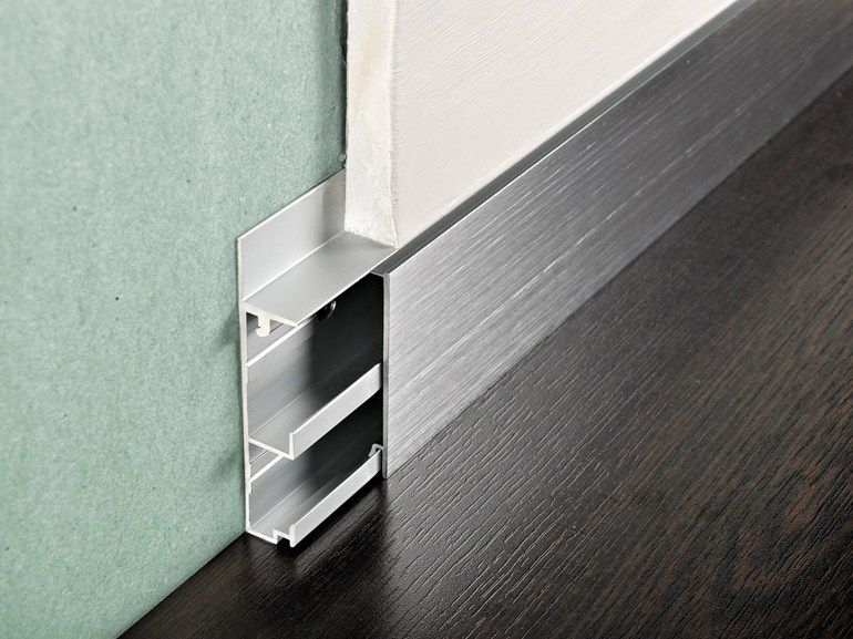 Rodapi s de aluminio proskirting channel by progress for Precio rodapie