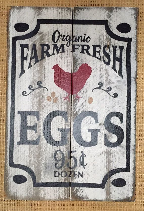 Organic Farm Fresh Eggs Wood Sign Handmade Painted Rustic Distressed Quot Pallet Quot Wood Sign Wood Signs Farm Signs Country Wood Signs