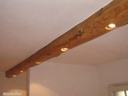 Eine Sehr Originelle Idee Unsere Altholzbalken Als Deckenbleuchtung Zu Nutzen Altholz Holz Fachwerkhauser