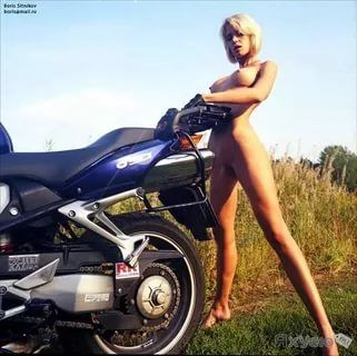 girls bikes Naked on motorcycles