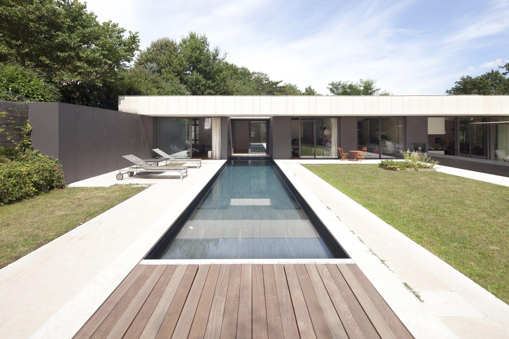 House In Charbonnières Les Bains / Atelier Didier Dalmas