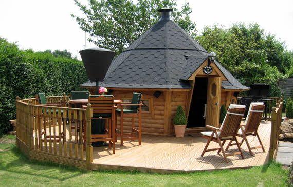 chalet grill en bois avec terrasse chalet grill pinterest. Black Bedroom Furniture Sets. Home Design Ideas
