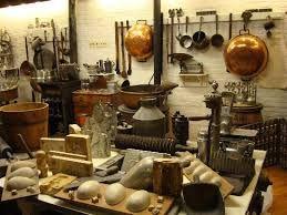 Résultats de recherche d'images pour «wilbur chocolate factory»