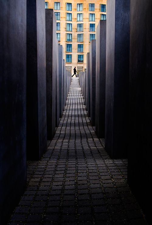 Horizontal And Vertical Lines Composition Photography