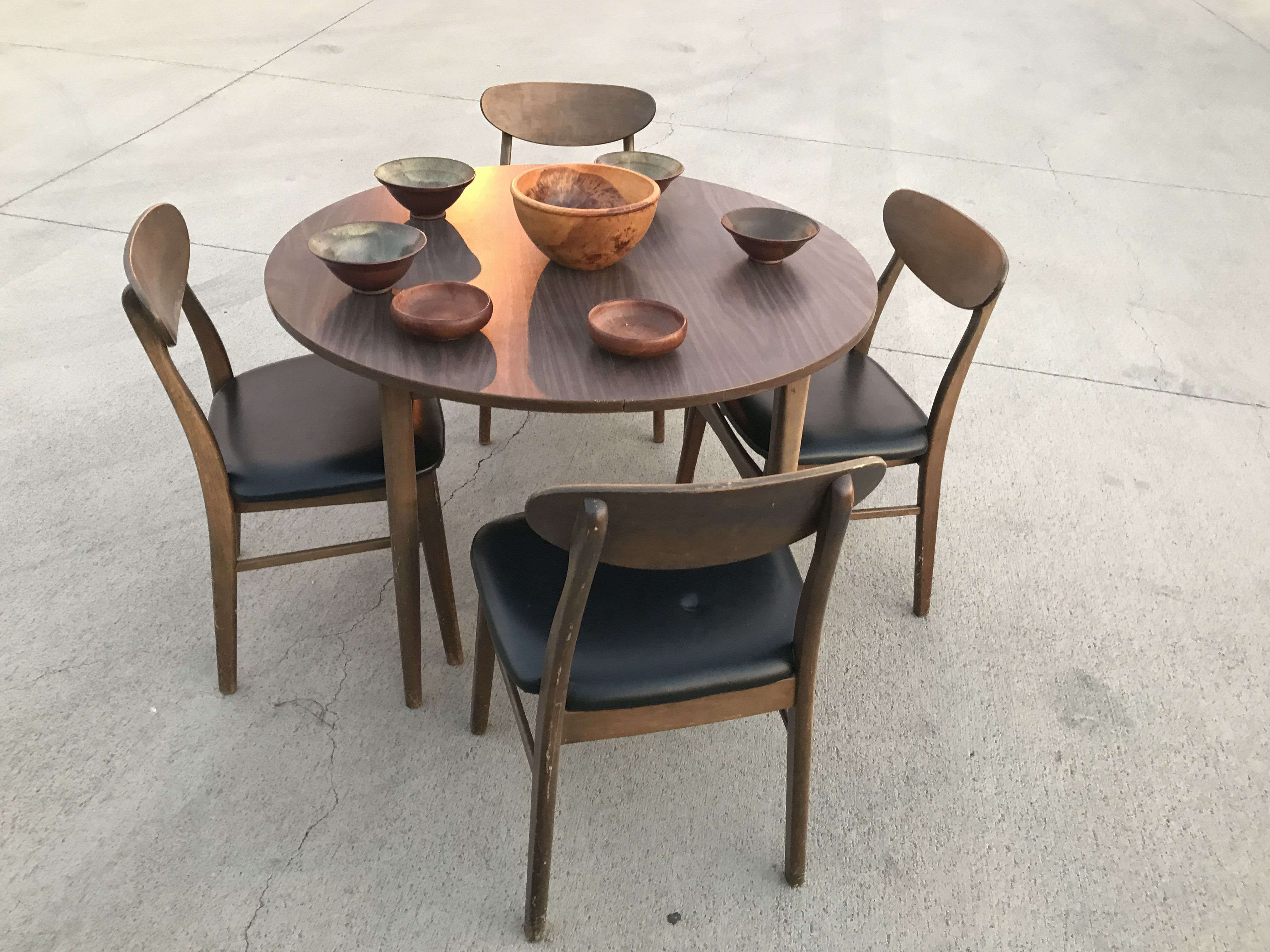 Walter Of Wabash Mid Century 5 Piece Dining Set W 2 Leaves