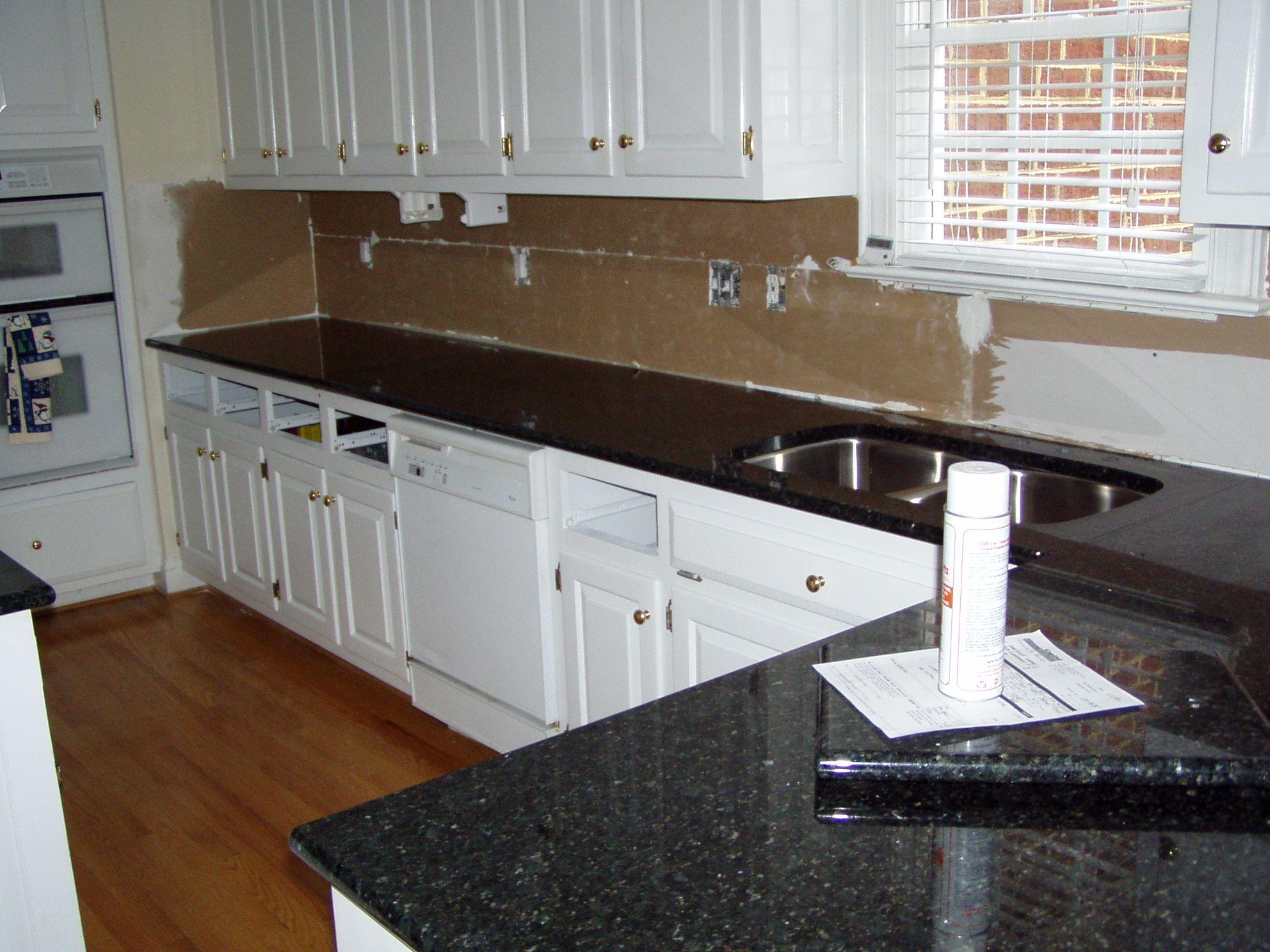Photos Of Black Counter Top Kitchens Black Kitchen Countertop Schwarzer Granit Kuche Arbeitsplatte